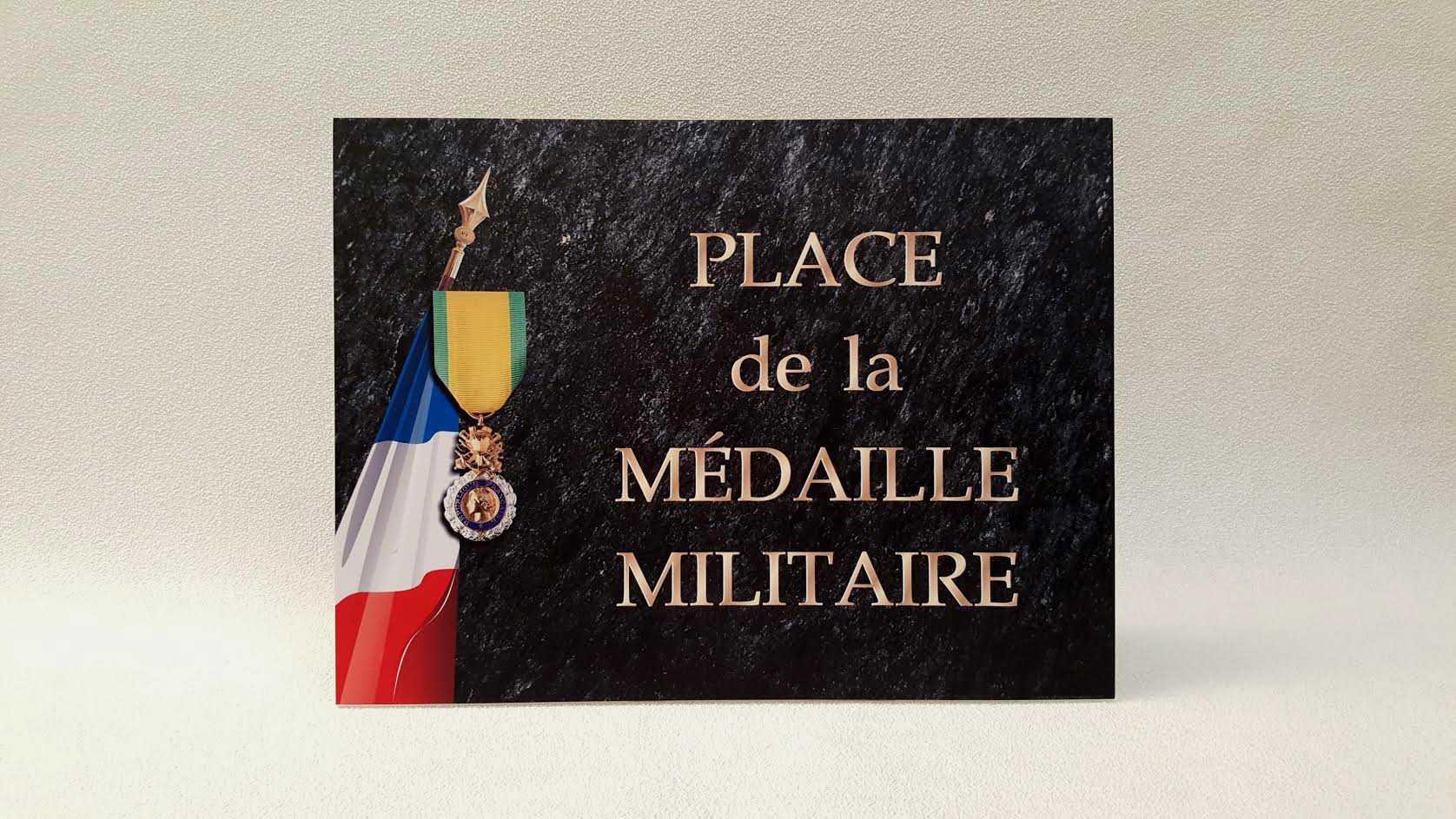 Plaques commémoratives